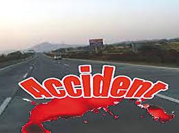 मार्ग दुर्घटनाओं में टैम्पो चालक सहित दो की मौत