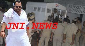 माफिया सुनील राठी को पहनने पड़े कैदियों के कपड़े!