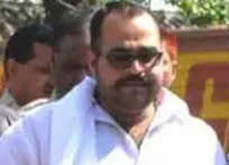 माफिया डॉन सुनील राठी को सेन्ट्रल जेल में धोने पड़ रहे कपड़े!