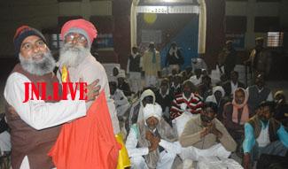 61 बंदियों के साथ रिहा हुए शिव और अली ने पेश की गंगा-जमुनी तहजीब